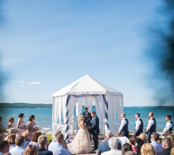 Traverse City Wedding || Parkshore Resort Photographer